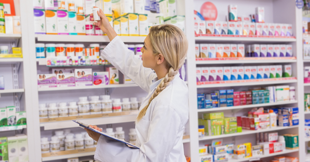 functions of a pharmacy technician